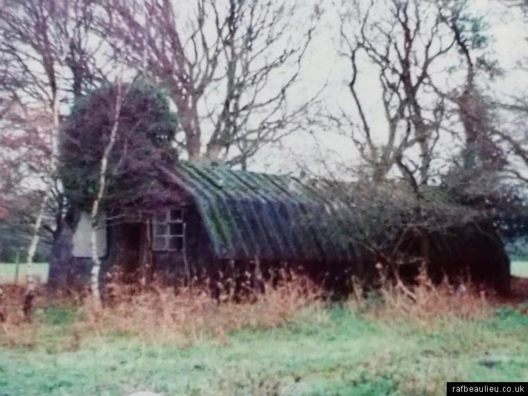 handcraft huts Dilton Farm
