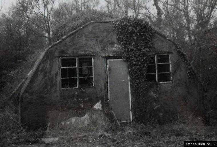 handcraft hut